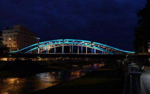 Most Miloše Sýkory - slavnostní Modré nasvícení