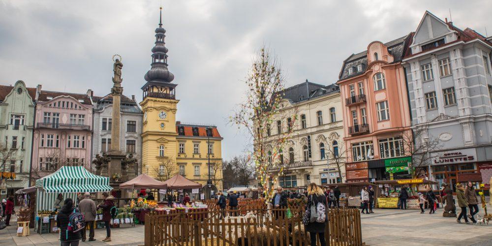 Velikonoční jarmark na Masarykově náměstí [fotoreport]