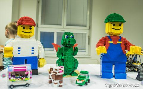 V Porubě se koná interaktivní výstava Lego modelů  [fotoreport]
