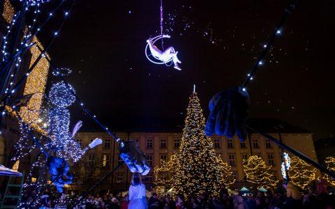 Rozsvícení vánočních stromů sledovaly tisíce Ostravanů