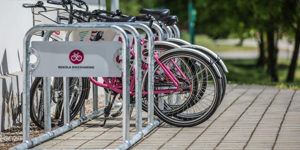 Růžová kola zmizela z ostravských ulic