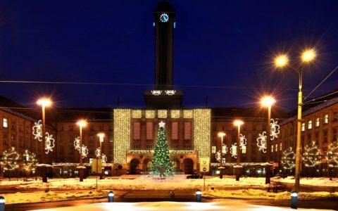 Ostravané vybrali vánoční výzdobu pro Novou radnici a Prokešovo náměstí