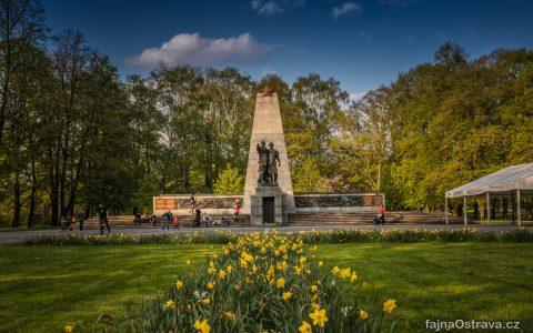 Památník a mauzoleum Obětí 2. světové války a vojákům Rudé armády
