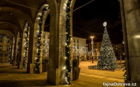 Vánoční výzdoba na Prokešově náměstí